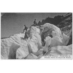 carte postale ancienne 74 CHAMONIX. Pont de Glace Plateau Glacier Bossons. Alpinisme et Ascension
