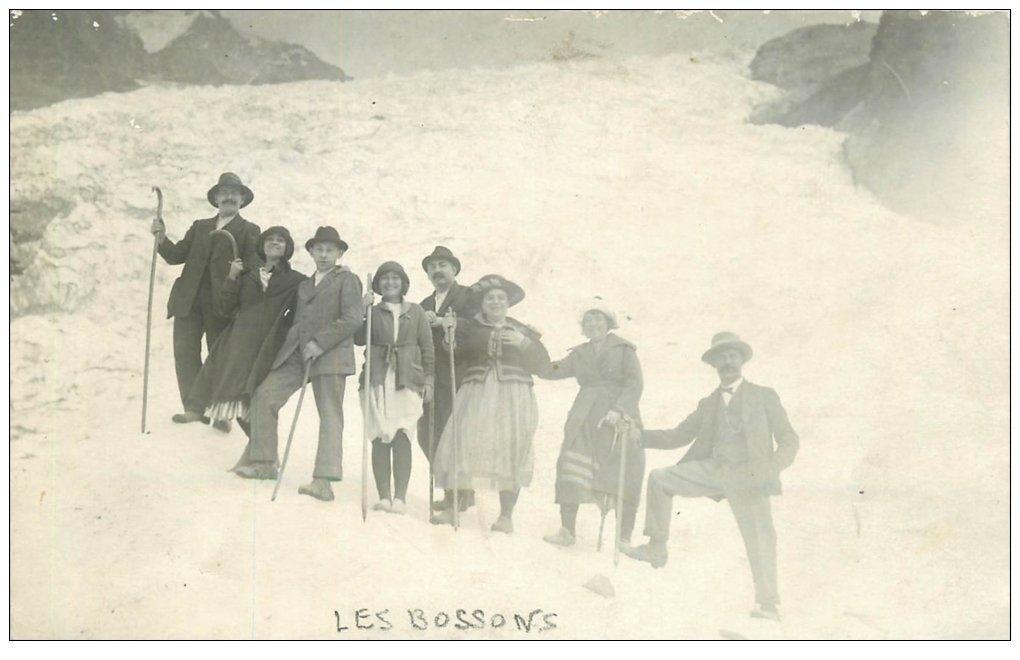 carte postale ancienne 74 LES BOSSONS. Alpinistes Randonneurs 1921. Rare Carte Photo Famille Barrioz. Saint-Gervais-les-Bains