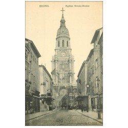 carte postale ancienne 01 BOURG. Eglise Notre-Dame et Banque de Crédit