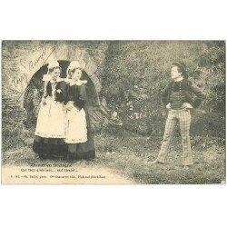 carte postale ancienne LA BRETAGNE. Amour incertain 1916