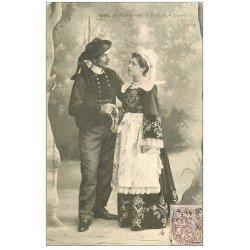carte postale ancienne LA BRETAGNE. Rendez-vous et Accord de fiancés 1908. Pour Hoffmann en Suisse
