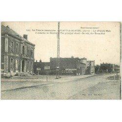 carte postale ancienne 02 FLAVY-LE-MARTEL. La Grande Rue et la Mairie 1919