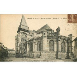 carte postale ancienne 78 HOUDAN. Eglise en restauration 1921. Fine plissure