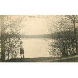 carte postale ancienne 78 HOUDAN. Enfant à l'Etang Neuf 1923