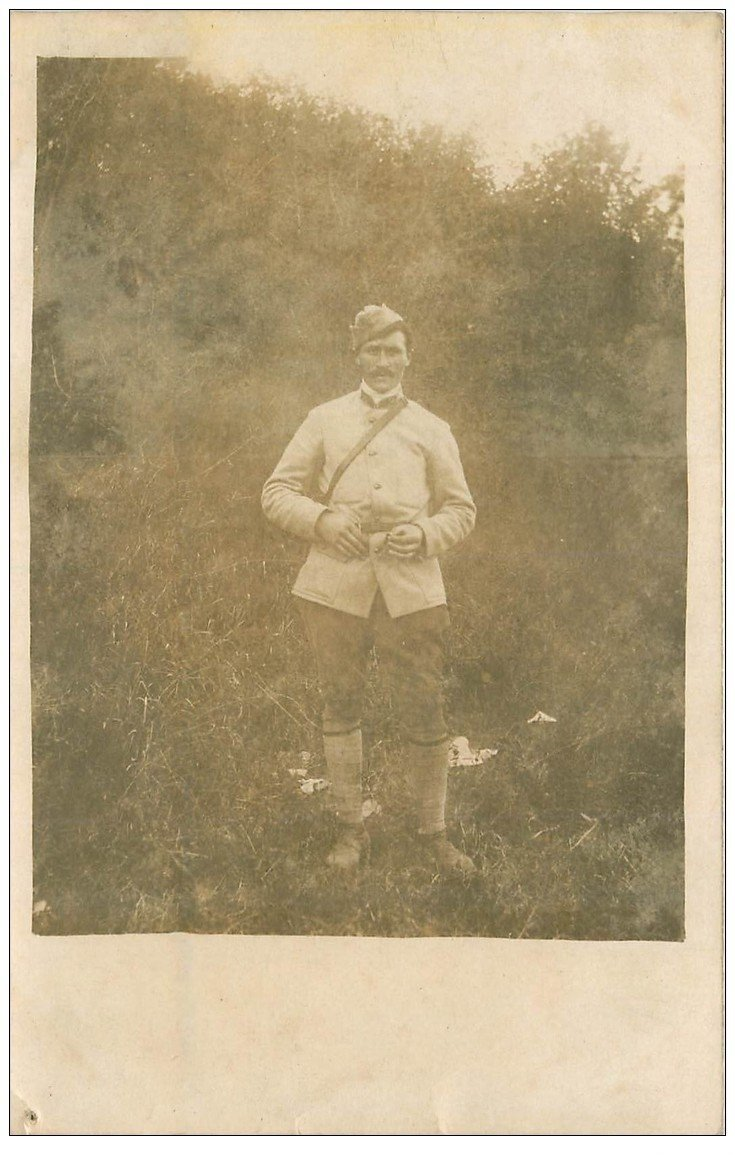 carte postale ancienne 02 GLENNES 1915. Carte Photo d'un Soldat Militaire