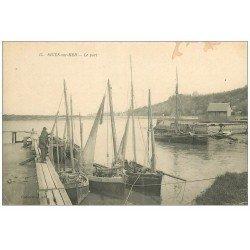 carte postale ancienne 14 DIVES. Le Port avec Barques de Pêcheurs