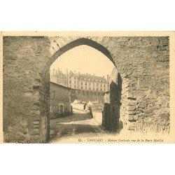 carte postale ancienne 79 THOUARS. Maison Centrale vue de la Porte Maillot 1929