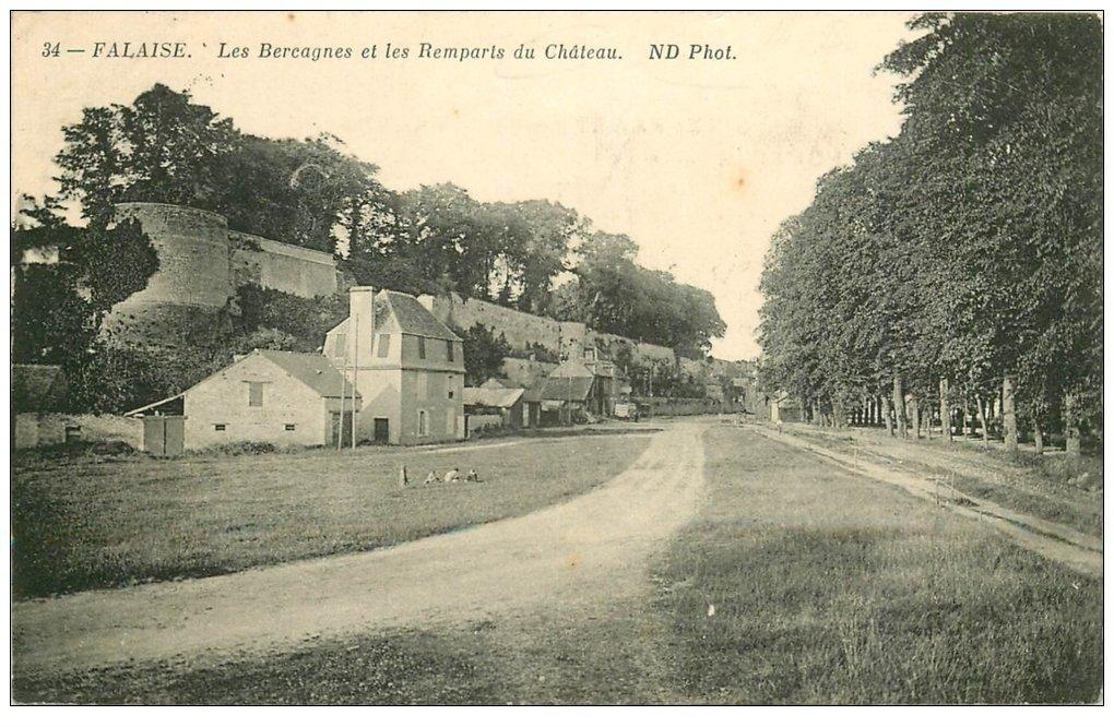 carte postale ancienne 14 FALAISE. Bercagnes et Remparts du Château 1916