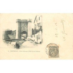 carte postale ancienne 79 PARTHENAY. Porte Saint-Jacques 1902