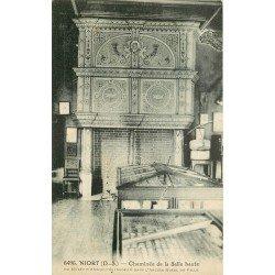 carte postale ancienne 79 NIORT. Cheminée de la Salle Haute Musée d'Antiquités