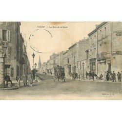 carte postale ancienne 79 NIORT. La Rue de la Gare Café Hôtel Habert. Timbre absent