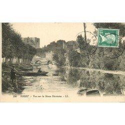 carte postale ancienne 79 NIORT. Pêcheurs sur la Sèvre Niortaise 1925