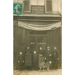 PARIS XIV. Rare Carte Photo Maison Albouy location de voitures à bras vers 1908