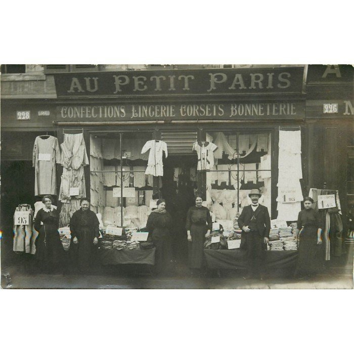 carte postale ancienne le havre au petit paris magasin confections. Black Bedroom Furniture Sets. Home Design Ideas