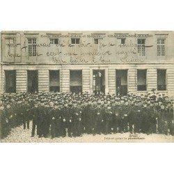 51 CHALONS SUR MARNE. Ecole Nationale d'Arts et Métiers. Départ des étudiants pour la Promenade 1905