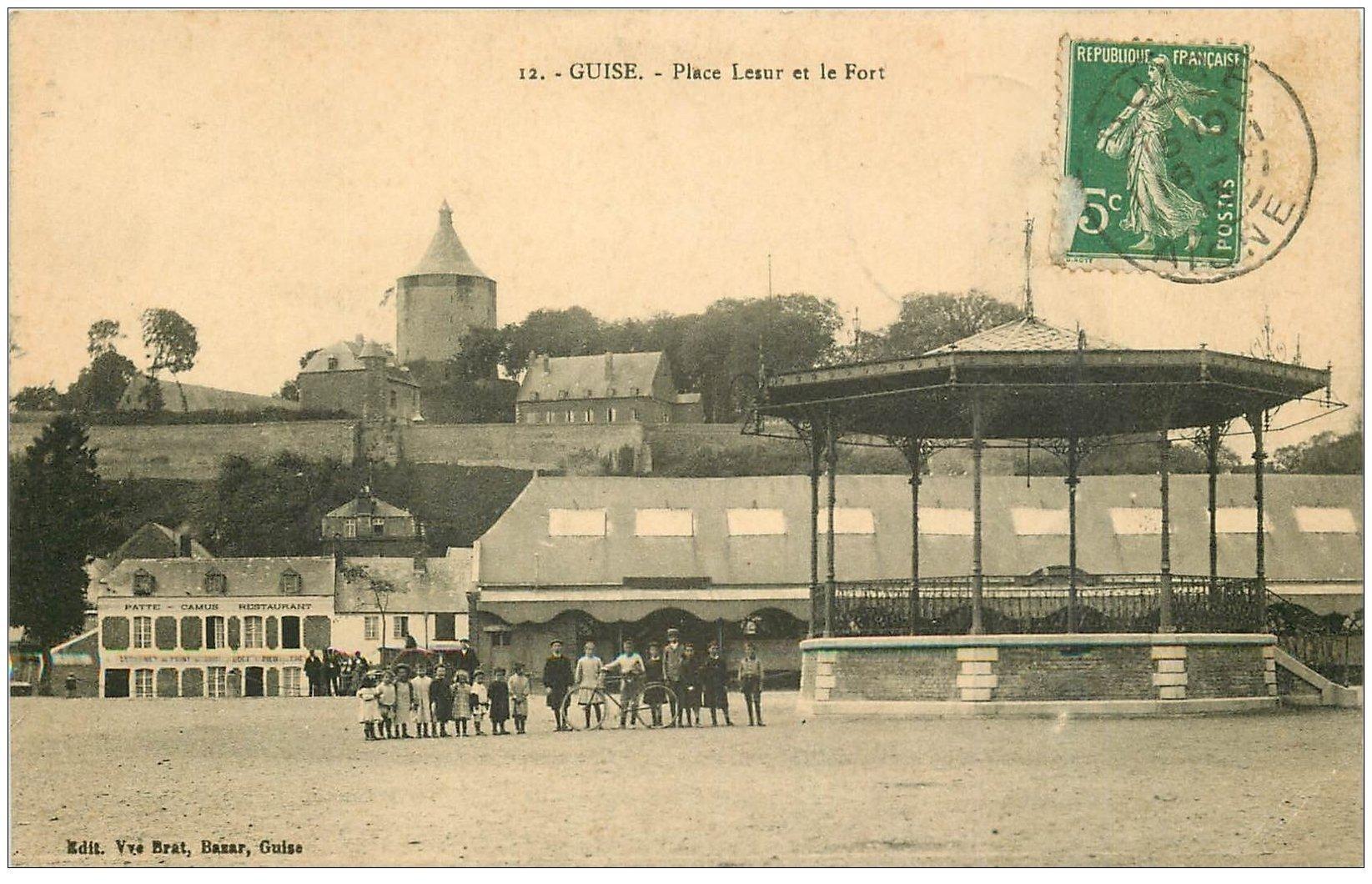 carte postale ancienne 02 GUISE. Kiosque à Musique Place Lesur 1913