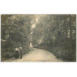 carte postale ancienne 14 HONFLEUR. Allée des Bruyères Côte de Grâce 1906