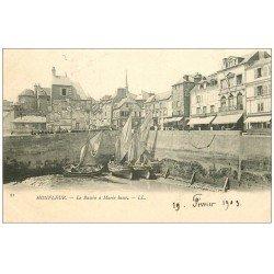 carte postale ancienne 14 HONFLEUR. Bassin à Marée basse 1903