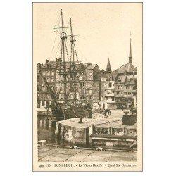 carte postale ancienne 14 HONFLEUR. Bassin Quai Sainte-Catherine