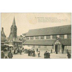 carte postale ancienne 14 HONFLEUR. Eglise Sainte-Catherine et Marché 1911