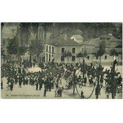 carte postale ancienne 81 CASTRES. Retour du Concours de tir. Carte papier glace 1907 (dictionnaire)