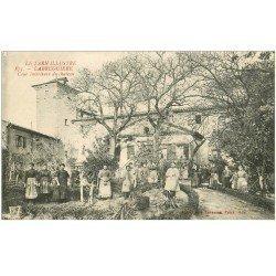 carte postale ancienne 81 LABRUGUIERE. Grosse animation Cour du Château 1918