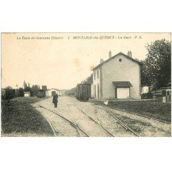 carte postale ancienne 82 MONTAIGU-DU-QUERCY. La Gare animation