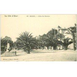 carte postale ancienne 83 BANDOL. Allée des Palmiers et Monument
