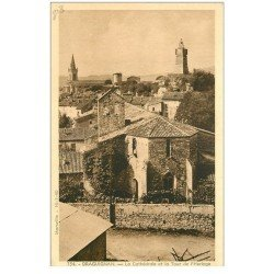 carte postale ancienne 83 DRAGUIGNAN. Cathédrale et Tour de l'Horloge