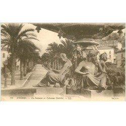 carte postale ancienne 83 HYERES. Fontaine Avenue Godillot 1916