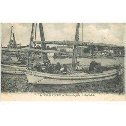 carte postale ancienne 83 HYERES. La Bouillabaise sur Bateau de Pêche. Pêcheurs Poissons et Crustacés 1918
