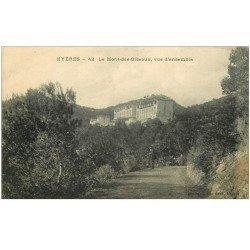 carte postale ancienne 83 HYERES. Personnage sur Sentier du Mont-des-Oiseaux 1922