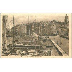 carte postale ancienne 83 SAINT-TROPEZ. Quai Suffren avec Yachts
