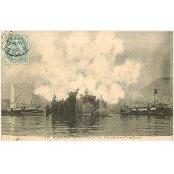 carte postale ancienne 83 TOULON. Algésiras Vaisseau Ecole des Mécaniciens Torpilleurs pendant l'incendie de 1906