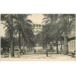 carte postale ancienne 83 TOULON. Allée des Palmiers et Place de la Liberté