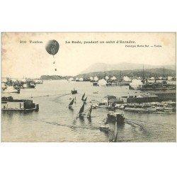 carte postale ancienne 83 TOULON. Ballon aérostat dans la Rade pendant salut d'Escadre. Carte vierge