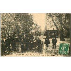 carte postale ancienne 83 TOULON. Fontaine Place Saint-Roch et Rue Courbet Gendarme et Tacot