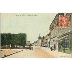 carte postale ancienne 86 CHAUVIGNY. La Place du Marché 1910