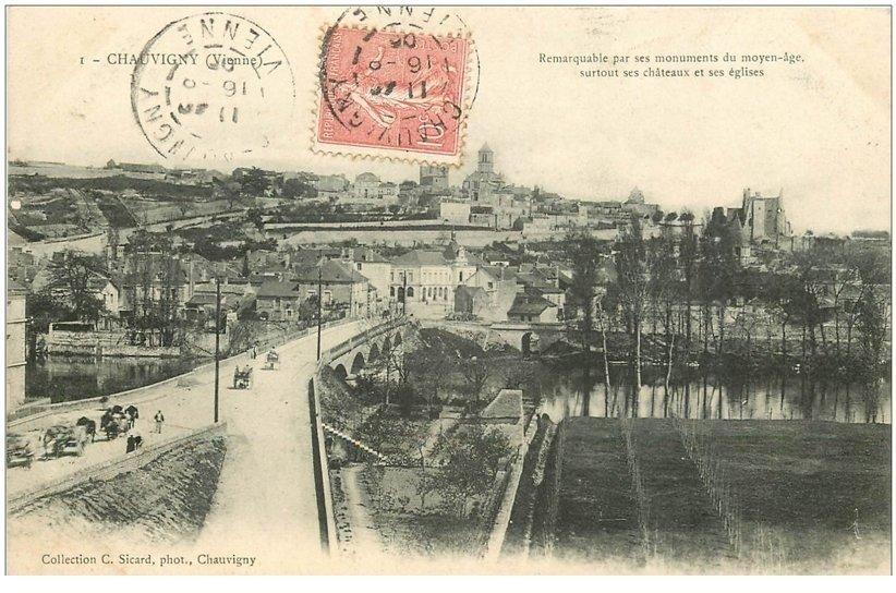 carte postale ancienne 86 CHAUVIGNY. Le Pont sur la Vienne 1906