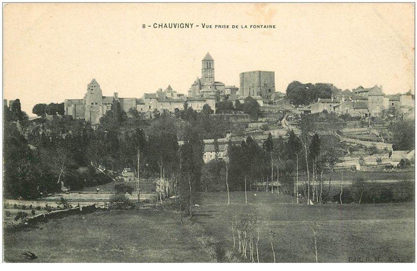 carte postale ancienne 86 CIVRAY. Vue prise de la Fontaine