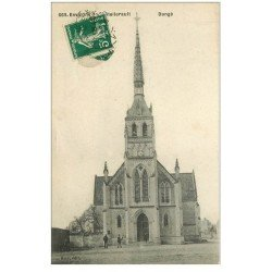 carte postale ancienne 86 DANGE SAINT ROMAIN. Eglise et son Clocher 1912 animation