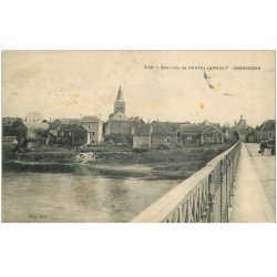 carte postale ancienne 86 INGRANDES. Le Pont vers la Ville