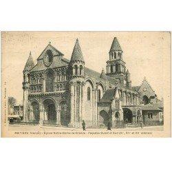 carte postale ancienne 86 POITIERS. Eglise Notre Dame animation 1928