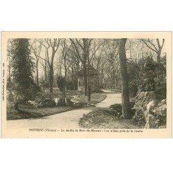 carte postale ancienne 86 POITIERS. Jardin Parc Blossac Allées près de la Grotte 1926