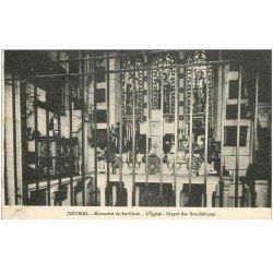 carte postale ancienne 86 POITIERS. Monastère Sainte Croix Eglise Crypte des Saintes Reliques vers 1949