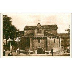carte postale ancienne 86 POITIERS. Ouvriers devant Baptistère Saint Jean. Carte très très fine
