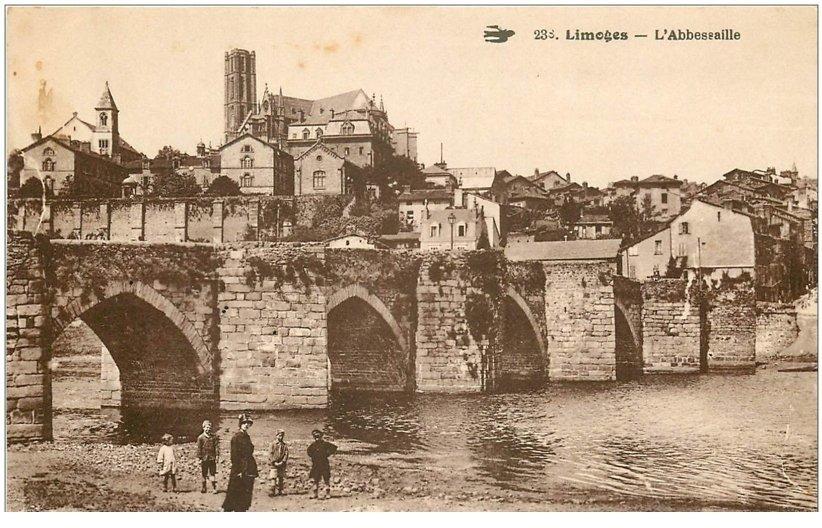 carte postale ancienne 87 LIMOGES. Abbessaille et animation sous le Pont