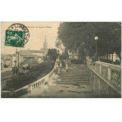 carte postale ancienne 87 LIMOGES. Animation Escalier du Square d'Orsay 1913