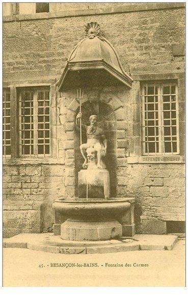 carte postale ancienne 88 BESANCON LES BAINS. Fontaine des Carmes