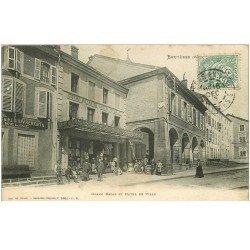 carte postale ancienne 88 BRUYERES EN VOSGES. Grand Bazar et Hôtel de Ville 1906